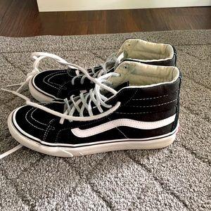 Black and White Vans Sk8-Hi Slim